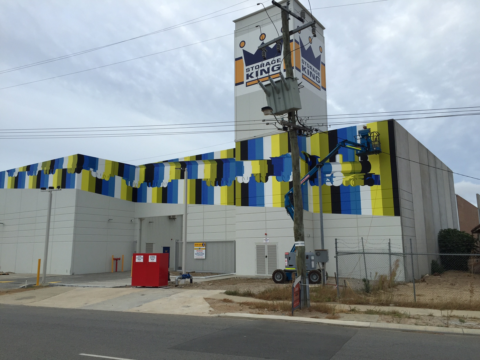 Clear Anti-Graffiti Protection – Midland Storage King